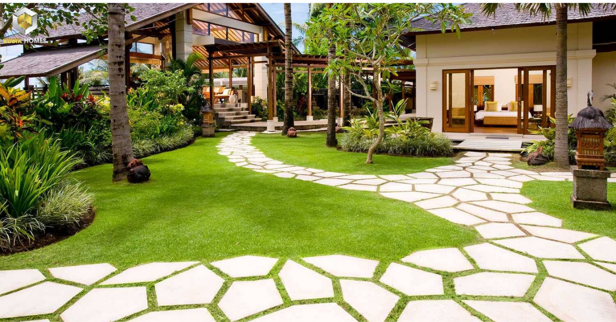 Lối đi vào thoáng đãng, tận dụng những mảng xanh tại khu vườn.